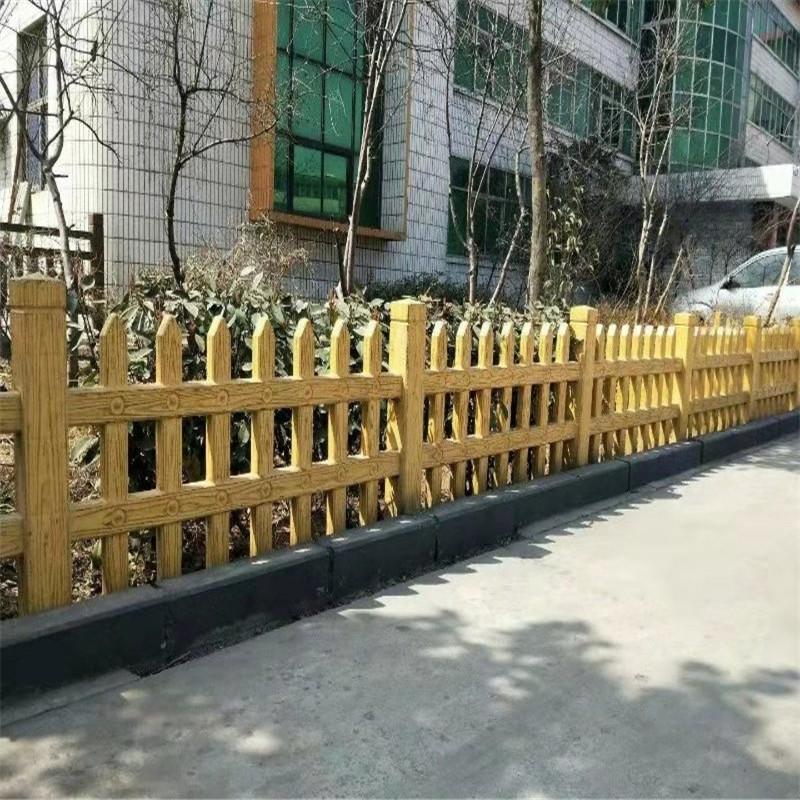 水泥木纹护杆